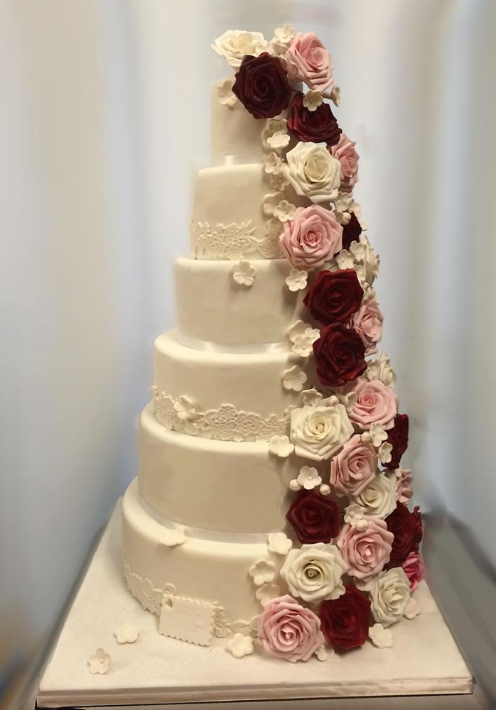 Wedding Cake Mini Avec Creme